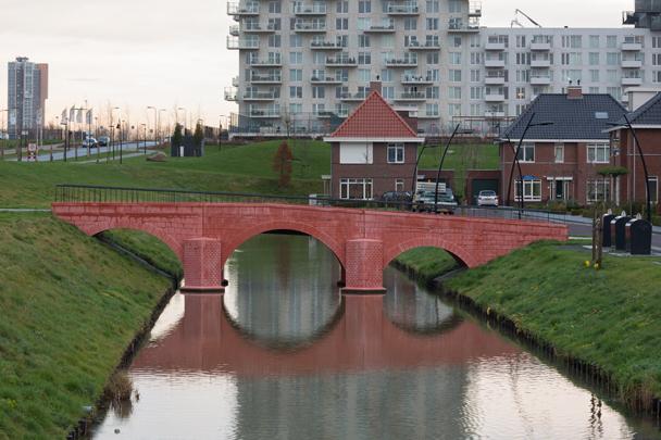 Eurobruggen / Euro Bridges ( R. Stam )