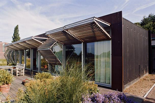 Vier woonhuizen / Four Private Houses ( P. de Ruiter )