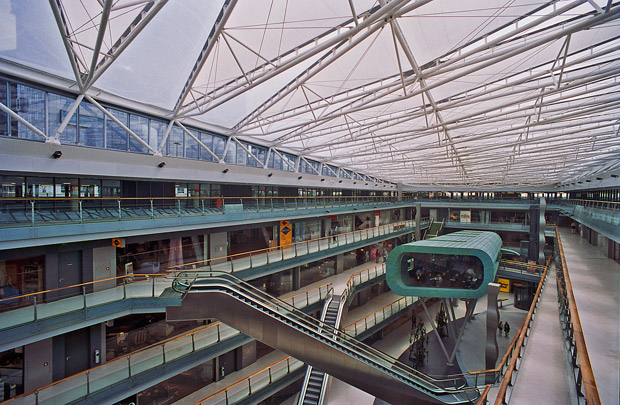 Winkelcentrum Villa ArenA / Shopping Centre Villa ArenA ( Benthem Crouwel )