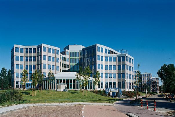 Kantoorgebouw Tripolis / Office Building Tripolis ( A.E. & H. van Eyck )