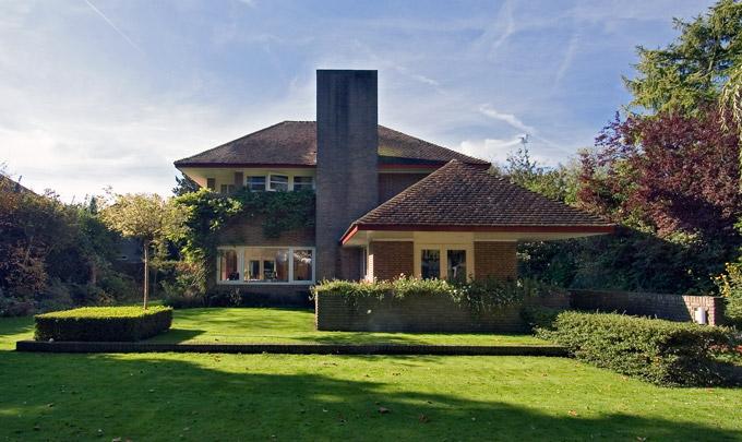 Woonhuis De Luifel / Private House De Luifel ( H.G. Wouda )