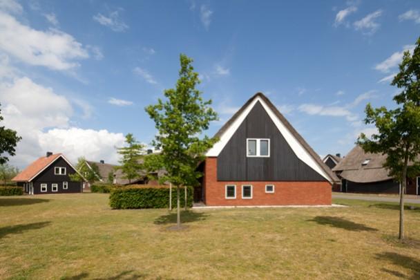 Vakantiehuizen Hof van Saksen / Holiday Residencies Hof van Saksen ( C. Kalfsbeek )