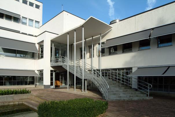 Retraitehuis Mgr. Schrijnen / Sanctuary Mgr. Schrijnen ( F.P.J. Peutz )