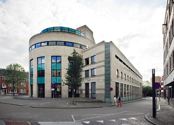 Meervoudige Welzijnsaccommodatie Heerlen / Civic Centre Heerlen ( J.M.J. Coenen, P.A.M. Mertens )