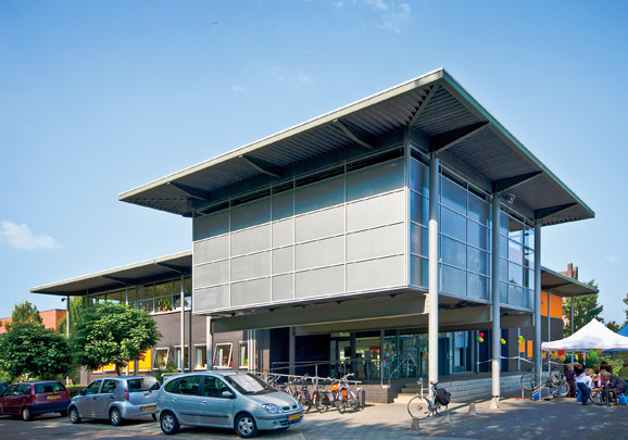 Gemeentehuis Wehl  / Municipal Hall Wehl  ( H.A.J. Henket )