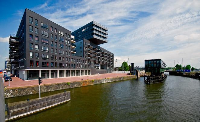 Woningbouw La Grande Cour; VOC Cour; Westerkaap / Housing La Grande Cour; VOC Cour; Westerkaap ( Diverse architecten )