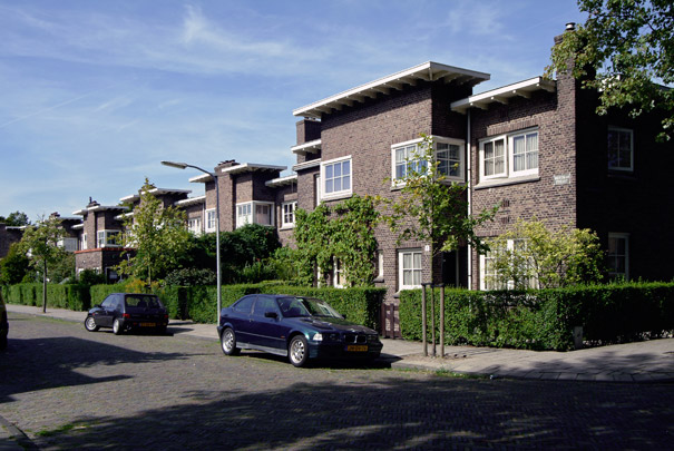 Woningbouw Rosenhaghe / Housing Rosenhaghe ( J.B. van Loghem )