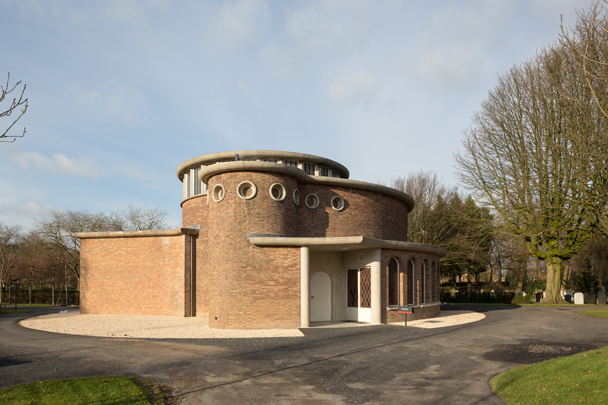Aula Begraafplaats Essenhof Dordrecht / Aula Essenhof Cemetary Dordrecht ( A.J. Argelo )