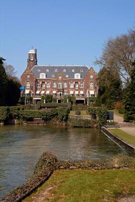 Landhuis De Hooge Vuursche / Country House De Hooge Vuursche ( Ed. Cuypers, D.F. Tersteeg )