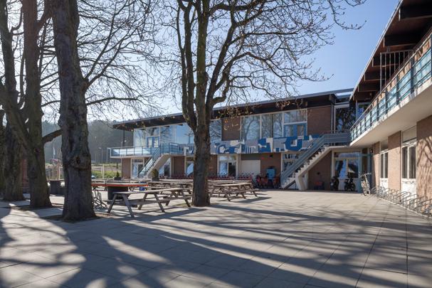 Jeugdherberg Noordwijk / Youth Hostel Noordwijk ( F. van Klingeren )