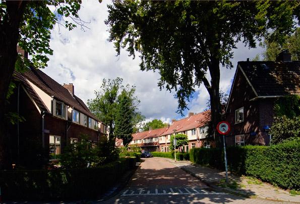 Tuindorp Vreewijk / Garden Village Vreewijk ( M.J. Granpré Molière, P. Verhagen, A.J.Th. Kok )