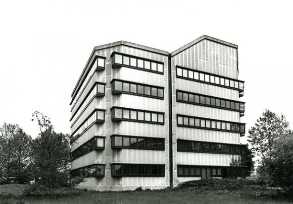Kantoorgebouw AA-Landen / Office Building AA-Landen ( F.J. van Gool (Oyevaar Van Gool De Bruijn) )