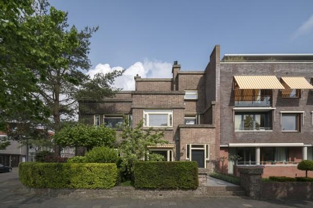 Dubbel woonhuis Nassauplein / Double Private House Nassauplein ( J. Wils )