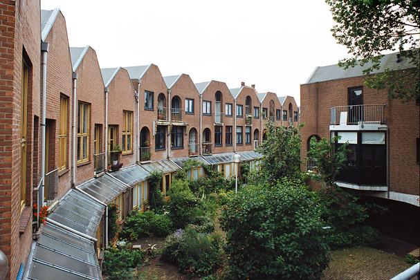 Stadsvernieuwing Zwolle / Urban Redevelopment Zwolle ( Van Eyck & Bosch )