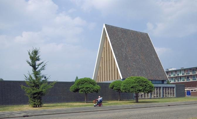 Gereformeerde Verrijzeniskerk Rotterdam / Reformed Church Rotterdam ( W. en B. Lengkeek )