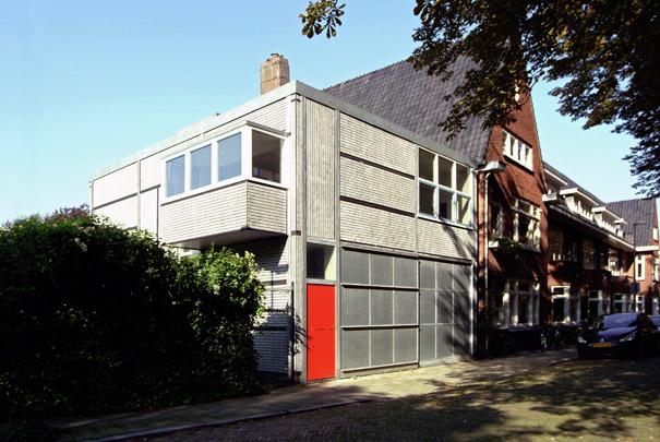 Chauffeurswoning Van der Vuurst de Vries / Chauffeur's House ( G.Th. Rietveld )