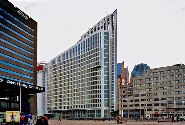 Kantoorgebouw Hoftoren (Ministerie van OCW) / Office Building Ministry of Education ( Kohn Pedersen Fox (KPF) )