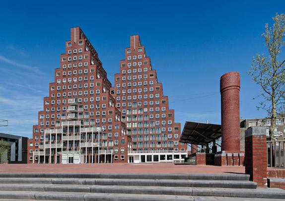 Woningbouw De Piramides / Housing De Piramides ( Soeters Van Eldonk )
