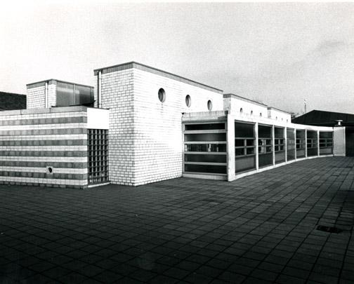 Uitbreiding LOM-school / Extension of a School ( J.M.J. Coenen )
