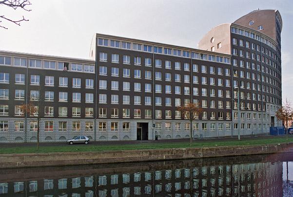 Woningbouw Zieken / Housing Zieken ( Ch. Vandenhove, P. De Wispelaere )