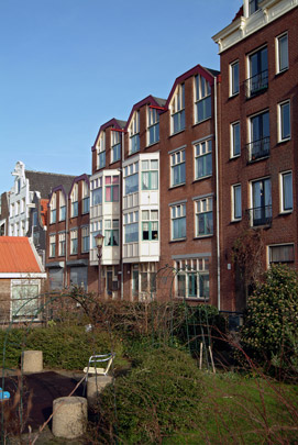 Stadsvernieuwing Bickerseiland / Urban Redevelopment Bickerseiland ( P. de Ley, J. van den Bout )