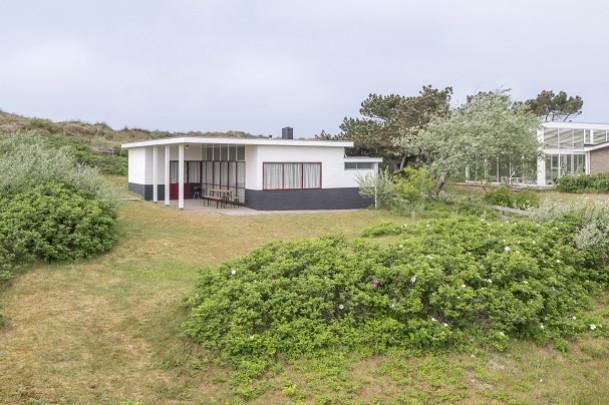 Vakantiehuis Brandt-Corstius / Holiday Residence Brandt-Corstius ( G.Th. Rietveld )
