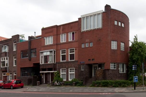 Eigen woonhuis Van Linge (Het Schip) / Own House Van Linge (Het Schip) ( E. van Linge )