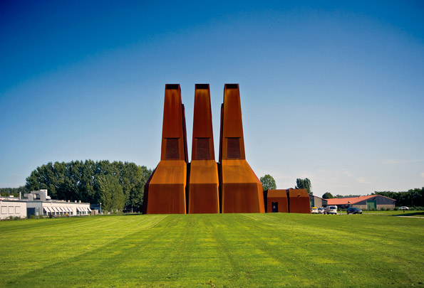 Warmtekrachtkoppelingcentrale Uithof / Total Energy Plant Uithof ( E.M. van der Pol (Atelier Zeinstra Van der Pol) )