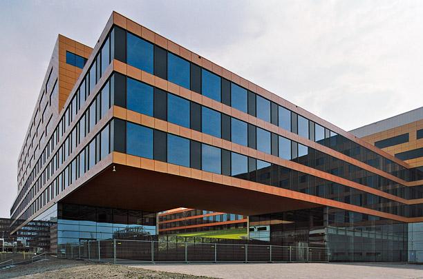 Kantoorgebouw Acanthus (Plaza Arena) / Office Building Acanthus ( B. Medić, P. Puljiz (de Architekten Cie.) )