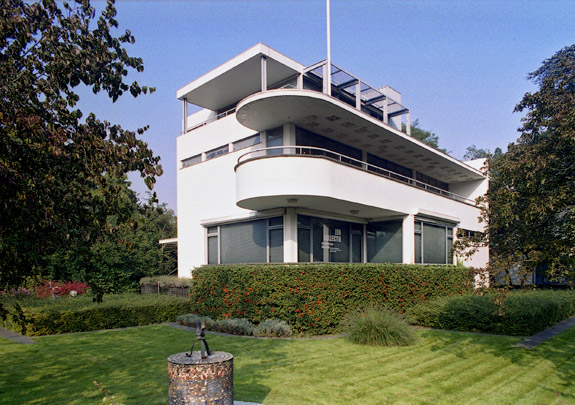 Chabotmuseum (Woonhuis Kraayeveld) / Chabotmuseum (Private House Kraayeveld) ( G.W. Baas, L. Stokla )
